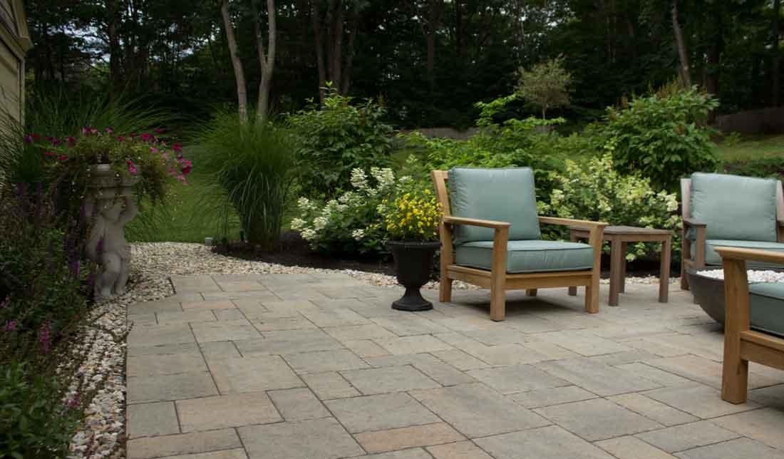 Gravel edge to patio