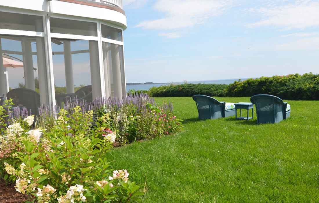 Landscaping waterfront homes requires knowledge and vision
