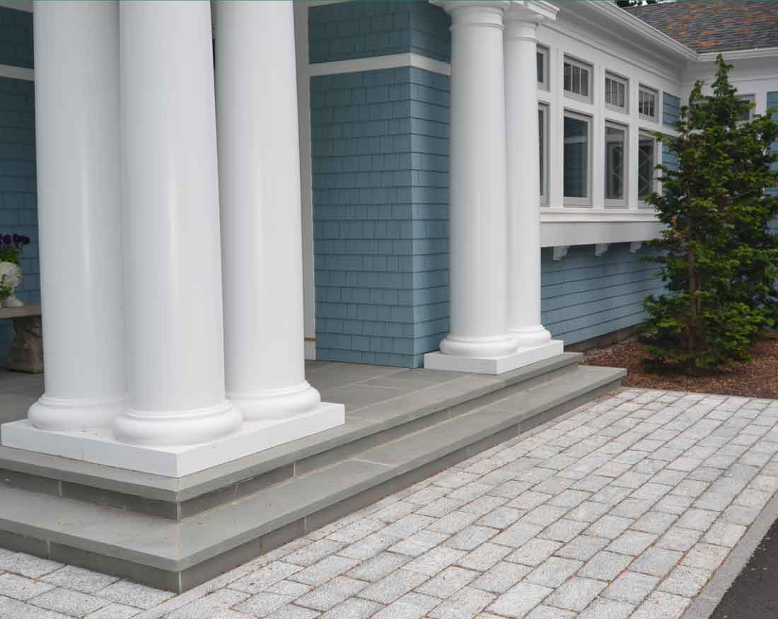 Paver transition form driveway to porch